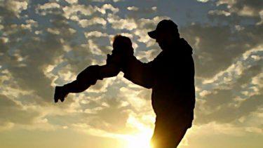 父と子と空